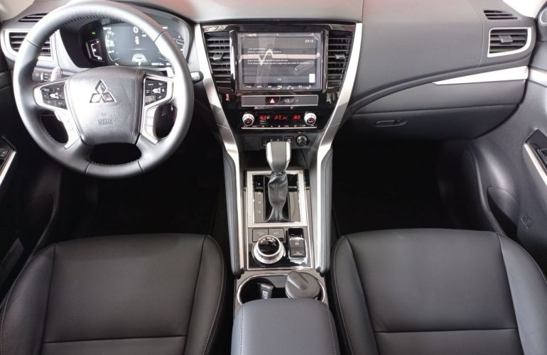 Mitsubishi Pajero Sport Hpe-s 2.4 - Foto #5