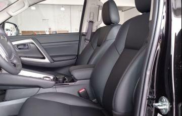 Mitsubishi Pajero Sport Hpe-s 2.4 - Foto #6