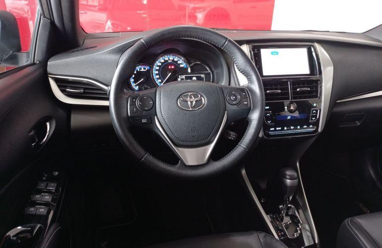 Toyota Yaris Xls 1.5 Flex 16V 5p - Foto #4
