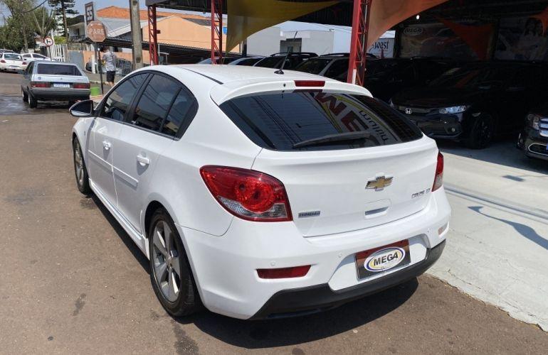 Chevrolet Cruze Sport6 LT 1.8 16V Ecotec (Flex) - Foto #5