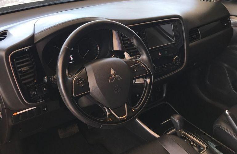Mitsubishi Outlander Comfort 2.0  16v - Foto #4