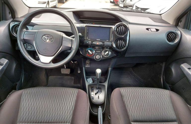 Toyota Etios Sedan X 1.5 (Flex) (Aut) - Foto #5