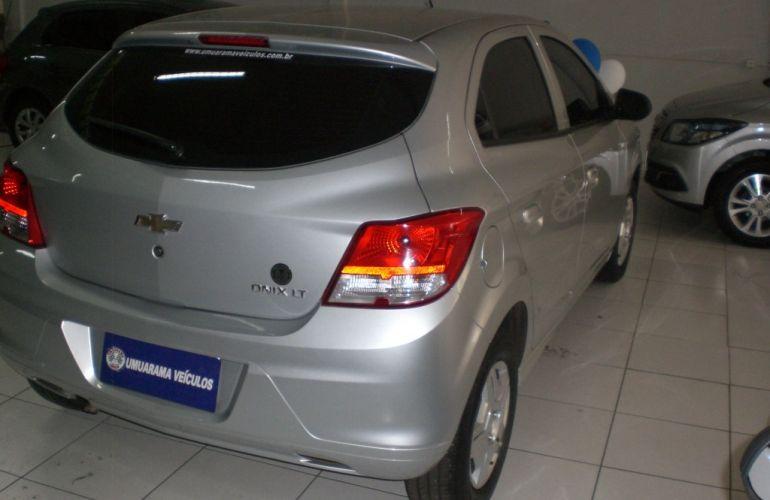 Chevrolet Onix 1.0 LT - Foto #7