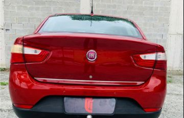 Fiat Grand Siena 1.6 MPi Essence 16V Flex 4p Manual - Foto #4