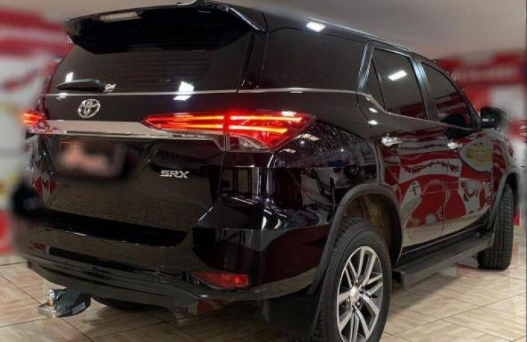 Toyota Sw4 Srx 4x4 2.8 TDi 16V Dies. Aut - Foto #5