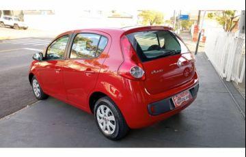 Fiat Palio Attractive 1.0 8V (Flex) - Foto #9