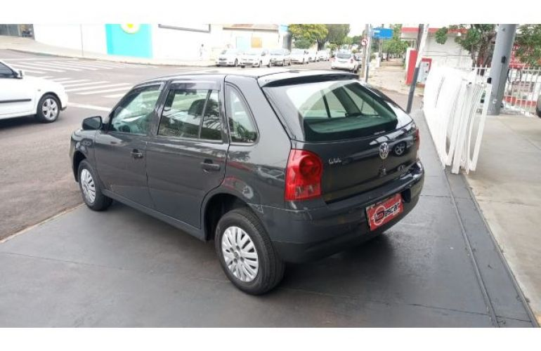Volkswagen Gol 1.0 8V (G4)(Flex)4p - Foto #8