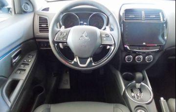 Mitsubishi Outlander Sport Hpe 2.0 Mivec Duo VVT 4x4 - Foto #6