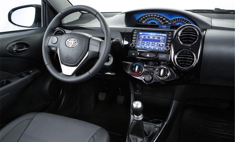 Toyota Etios Hatch Guia De Carros