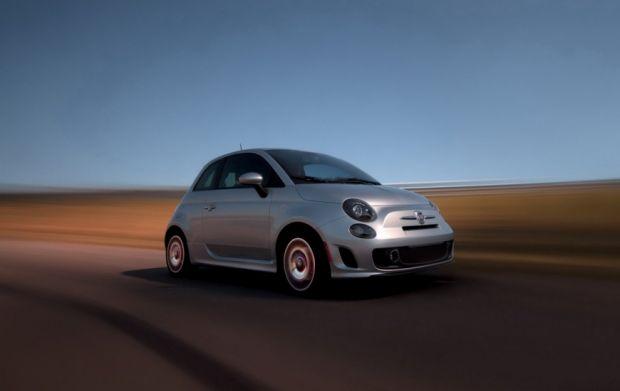 Fiat lança versão turbinada do 500