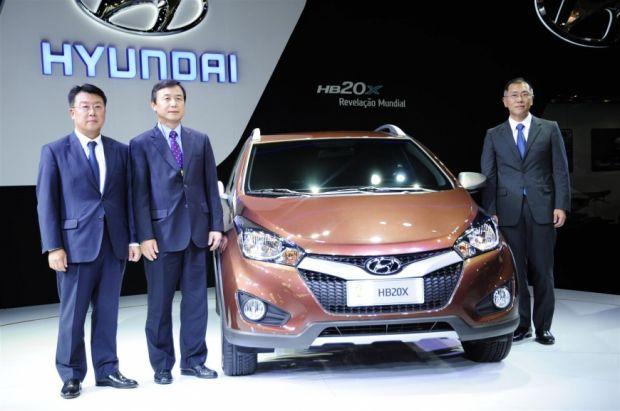 Salão de SP: Hyundai exibe o HB20X e anuncia inauguração de fábrica