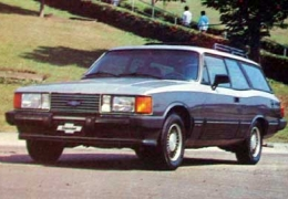 Clássico: Chevrolet Caravan