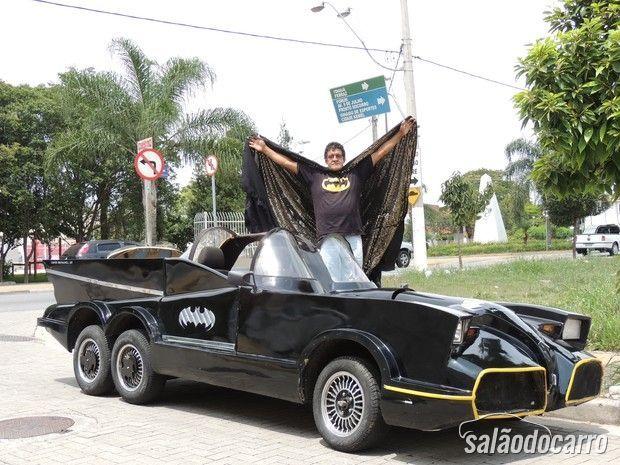 Paisagista constrói um 'Batmóvel'