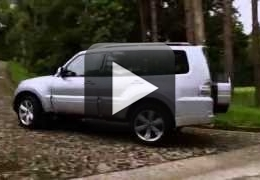 Vídeo: Detalhes do Mitsubishi Pajero Full
