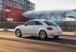 Volkswagen encerra ano com Fusca, CC e Tiguan R-Line