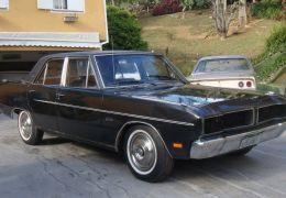 Clássico: Dodge Gran Sedan