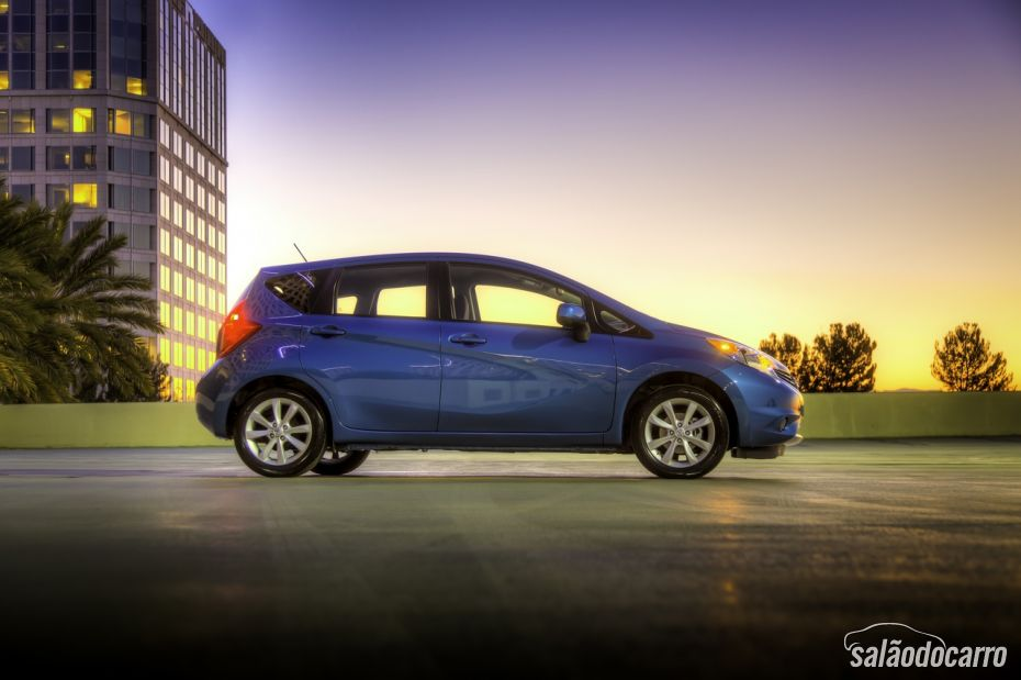 Nissan mostra novo Versa hatch em Detroit