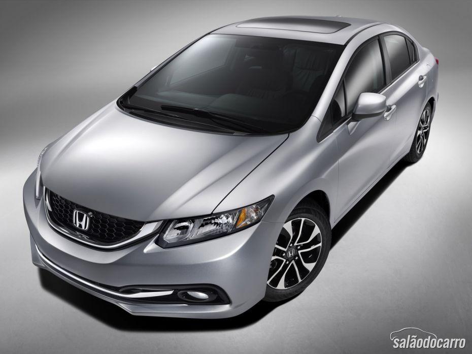 Honda começa a vender Civic 2.0 e anuncia CR-V Flex para março