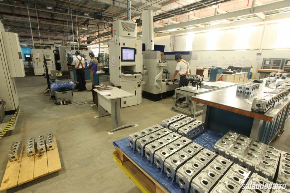 GM inaugura sua fábrica de motores no Brasil