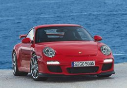 Porsche mostra 911 GT3 em Genebra