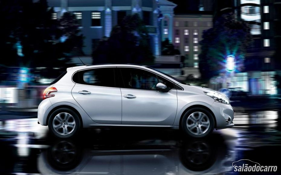 Novo Peugeot 208 chega a partir de abril