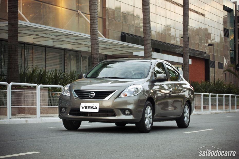 Nissan Versa 2014 chega com novidades