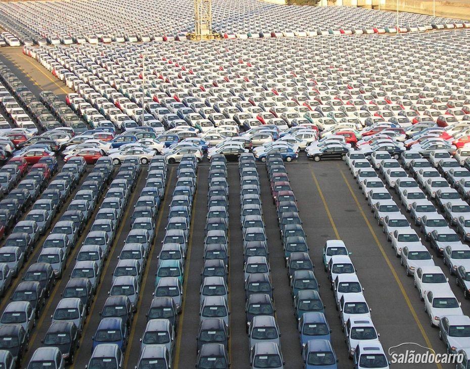 Montadoras comemoram aumento nas vendas nos EUA