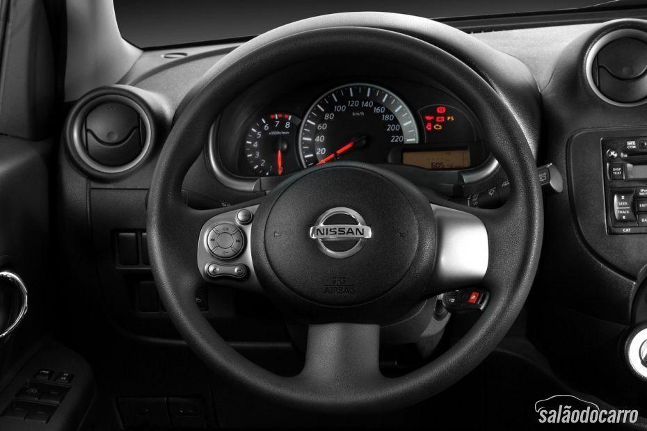 Nissan lança linha 2014 do March