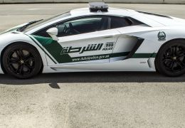 Polícia de Dubai vai utilizar Lamborghini Aventador