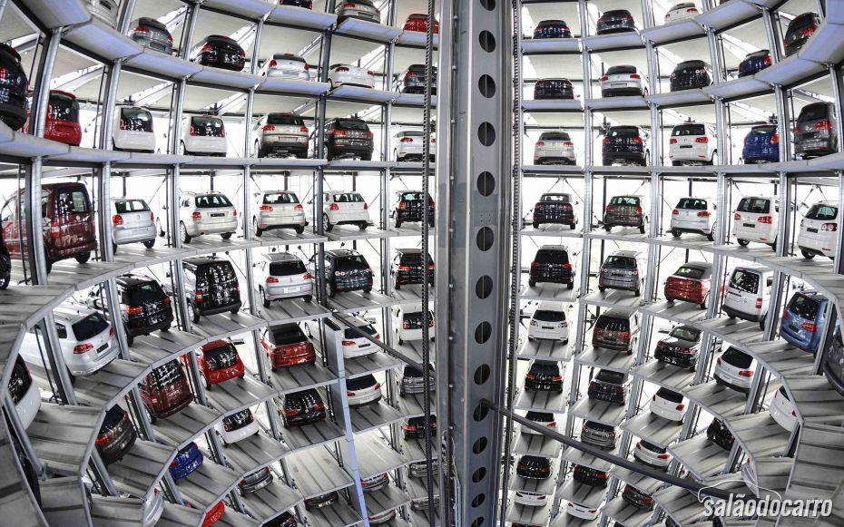 França anuncia queda na venda de veículos