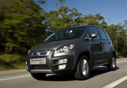 Fiat lança Idea 2014