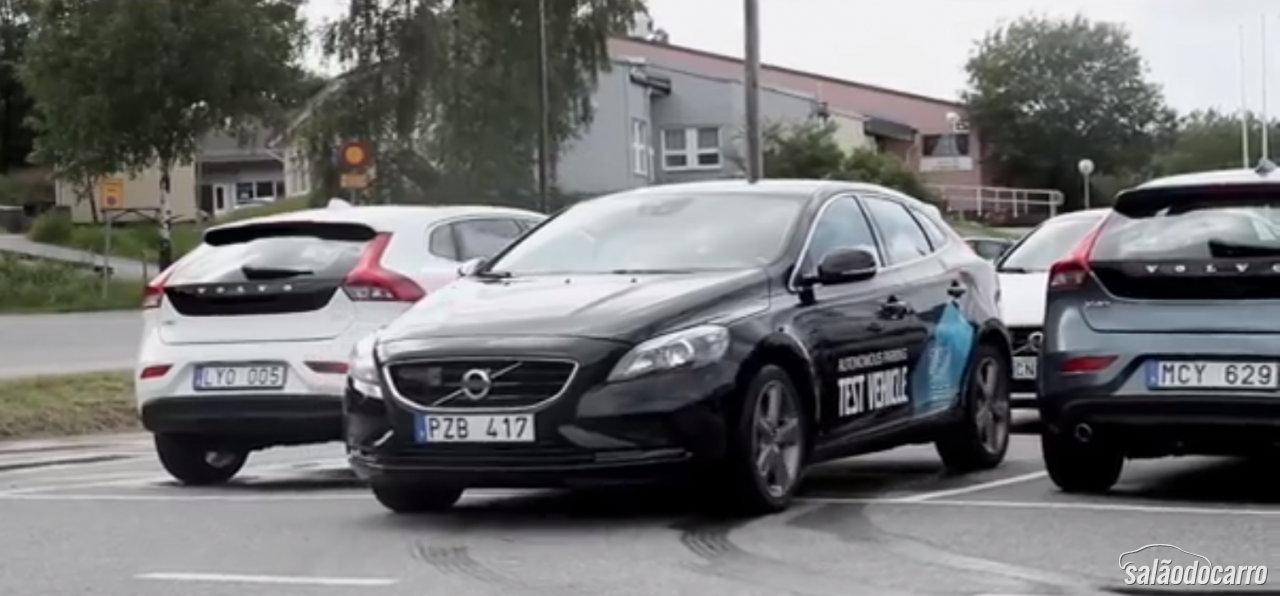 Volvo mostra seu manobrista virtual