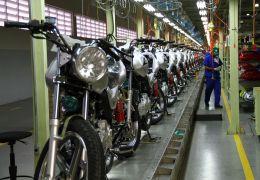 Produção de motos cai 13,6% nos primeiros seis meses de 2013