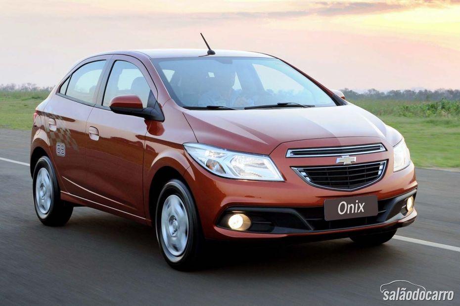 GM anuncia transmissão automática para Onix e Prisma