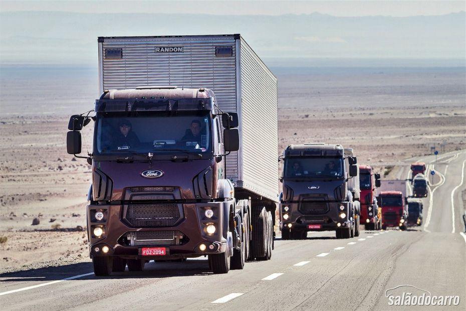 Lançamento do Ford Cargo Extrapesado