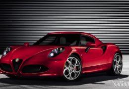 Alfa Romeo 4C aposta na esportividade em 2014