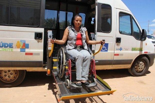 Automóvel para locomoção de deficientes é utilizado em Arapiraca