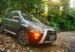 Teste do Toyota Etios Cross