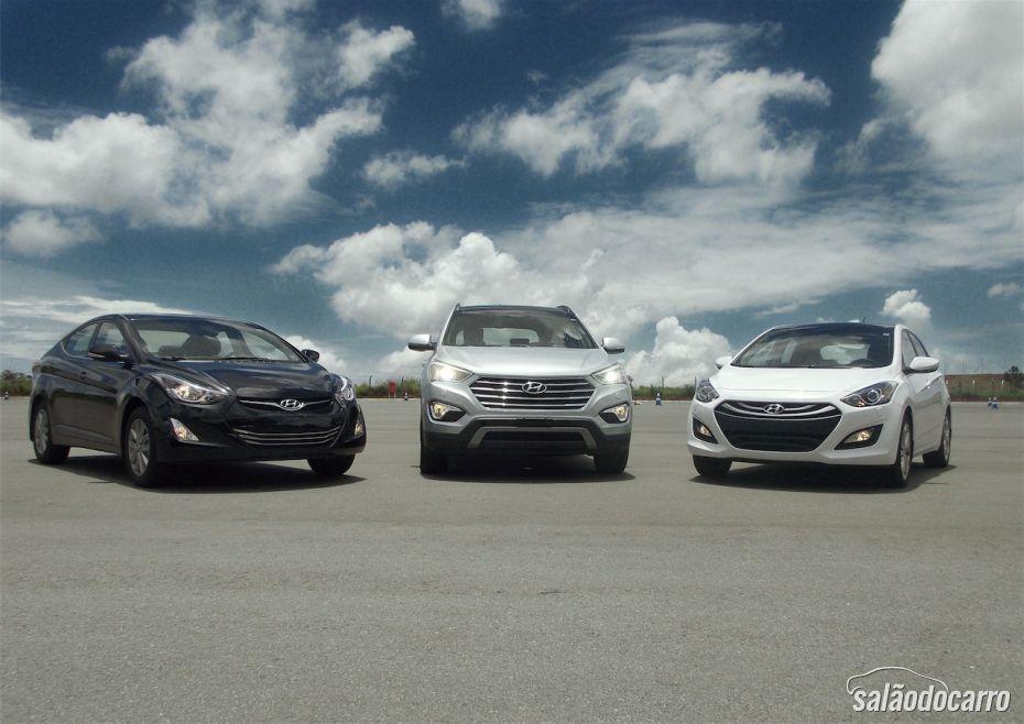 Hyundai apresenta linha 2014: i30, Elantra e Grand Santa Fe