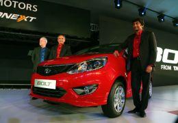 Tata Motors apresenta hatchback Bolt no Salão de Nova Déli