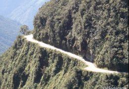Camino a Los Yungas – Estrada mais perigosa do mundo