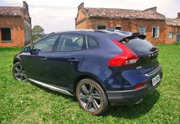 Impressões do Volvo V40 Cross Country
