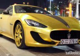 Maserati GranTurismo Sport é pintado de ouro e ganha diamantes