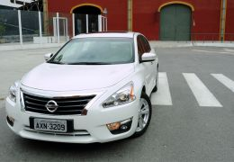 Teste do Nissan Altima SL