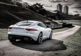 Impressões do Jaguar F-Type cupê, agora no Brasil