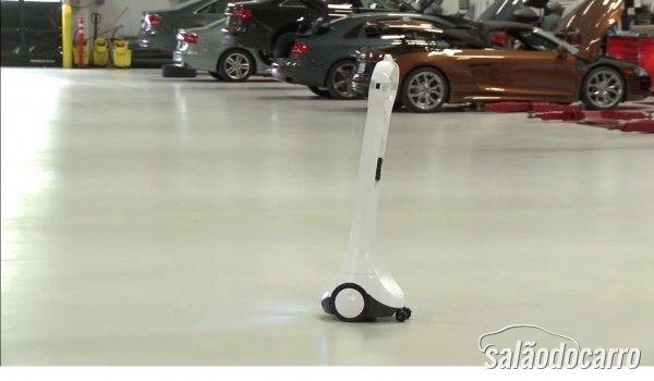 Audi mostra serviços autorizados com robôs