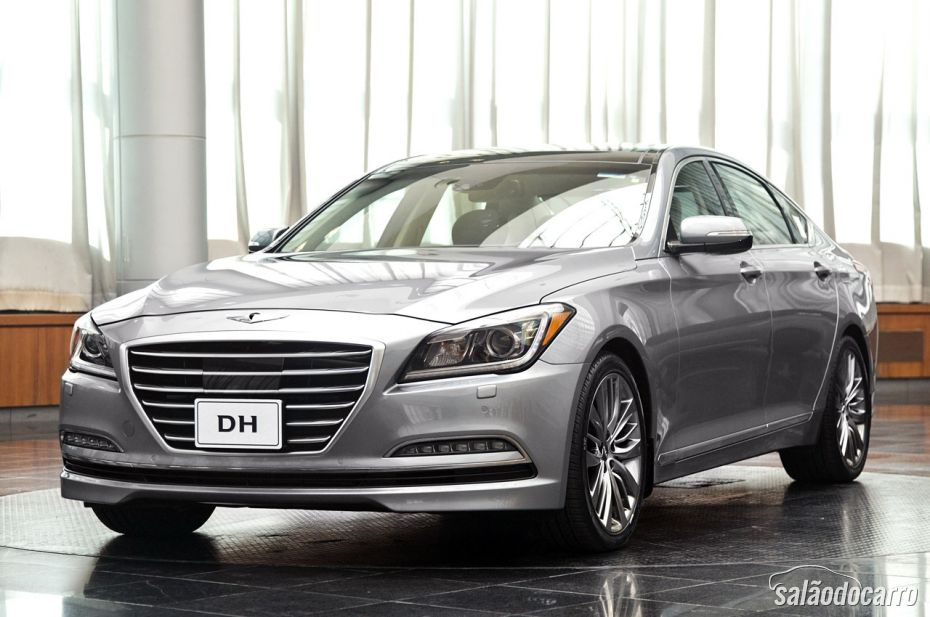 Super produção mostra segurança de cruzeiro do novo Hyundai Genesis 2015