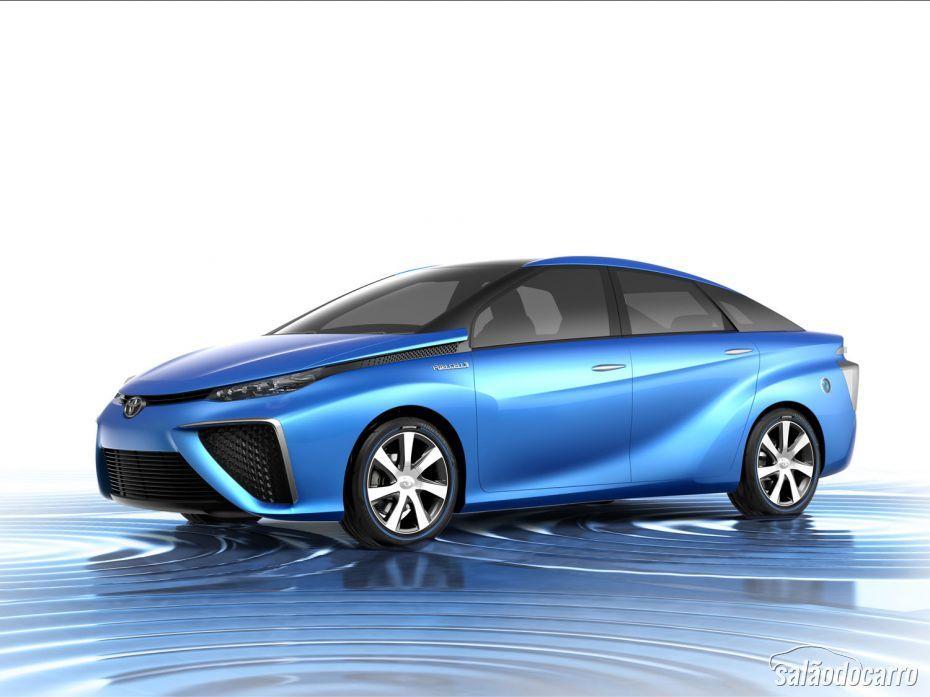 Toyota anuncia carro movido a hidrogênio para 2015