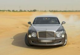 Bentley prepara versão esportiva do Mulsanne