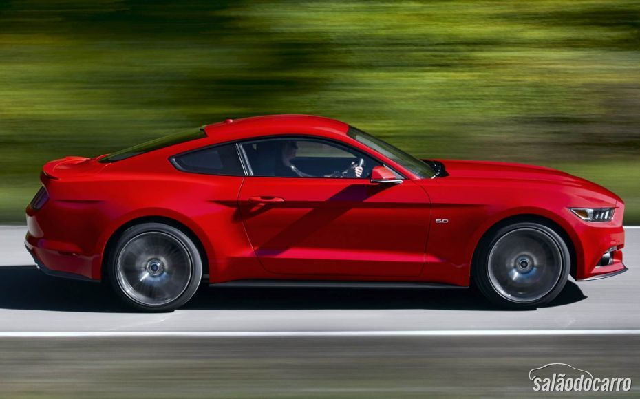 Ford divulga dados do novo Mustang 2015